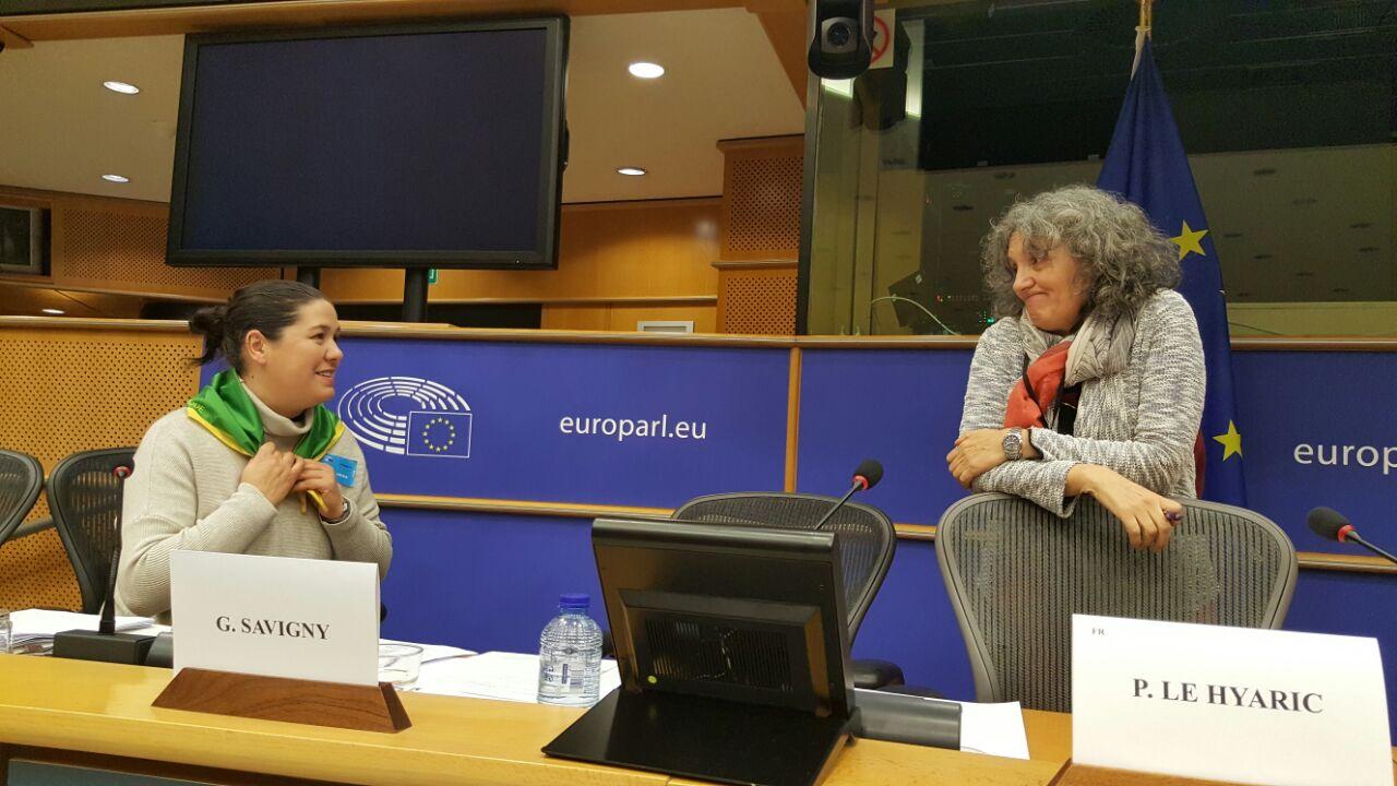 Foto Lidia Senra e Isabel Vilalba na xornada sobre Soberania Alimentaria no Parlamento Europeo