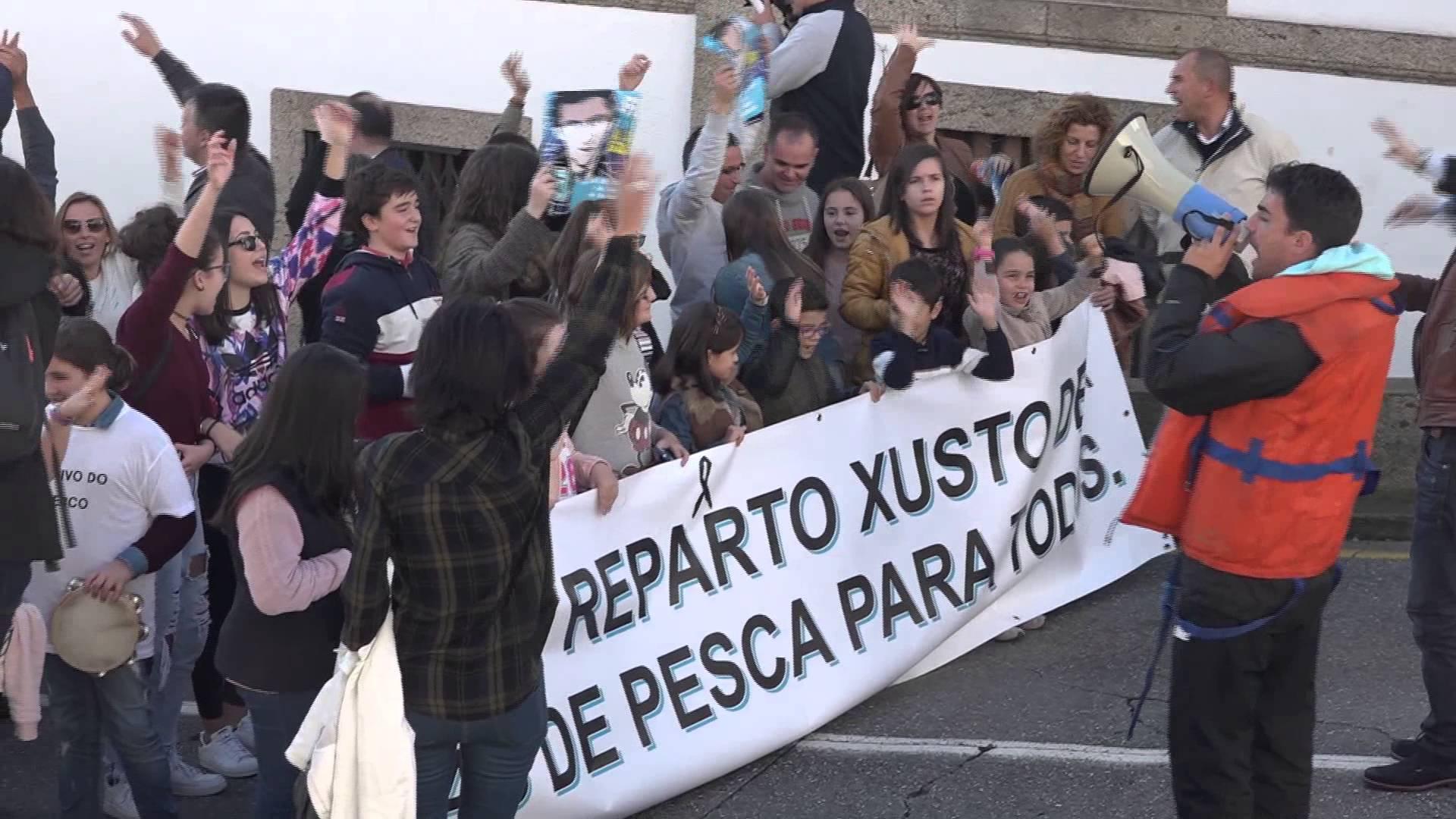 Intervención da eurodeputada de AGEe, Lídia Senra, defendendo no pleno  do Parlamento Europeo un reparto de cota xusto para o cerco, baseado no número de tripulantes e respectando o Artigo 17 da PPC.