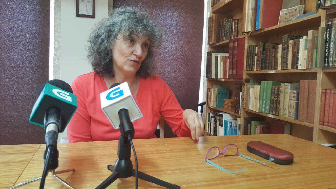 Lidia Senra en rolda de prensa en Santiago 16052016 (2)