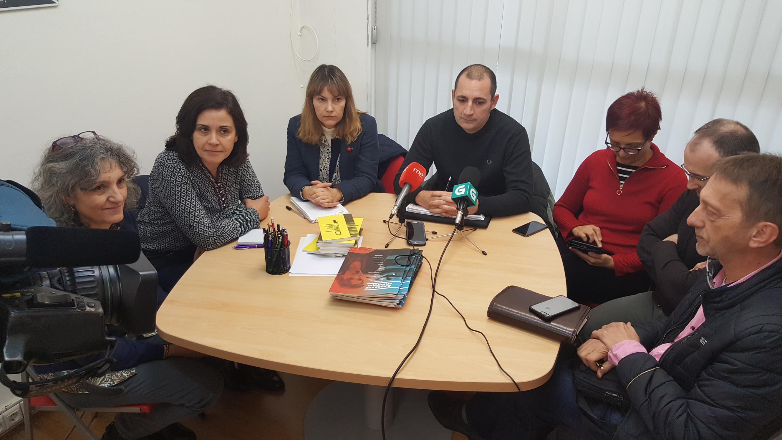 Reunion de Lidia Senra coa CIG-Banca en Santiago_2656x1494