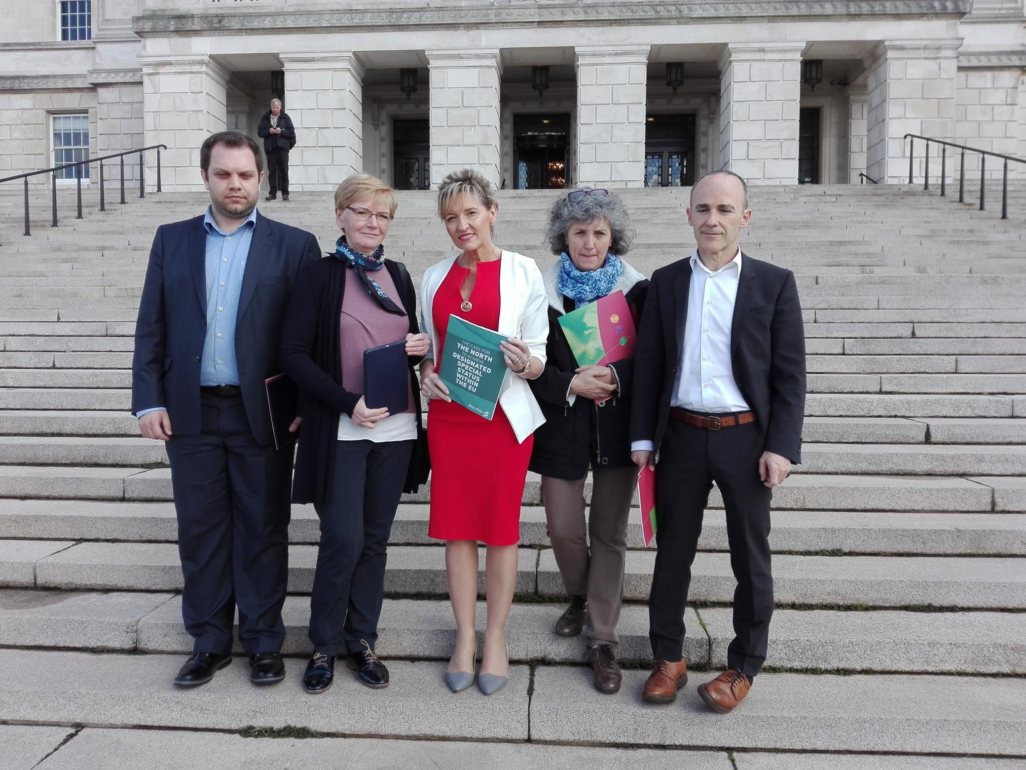 Na Asemblea do Norte de Irlanda 1_2080x1560
