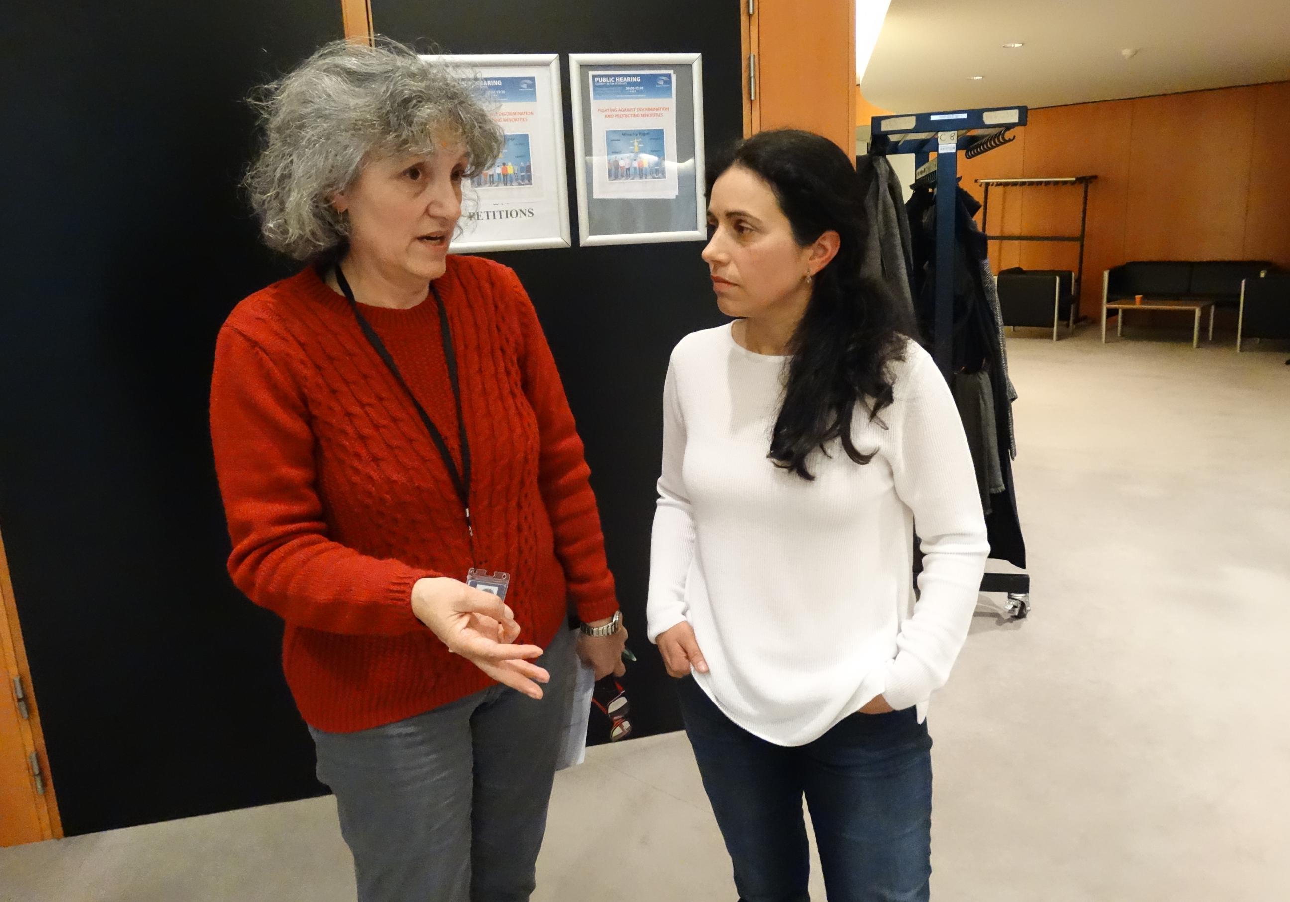 Lidia Senra e Estrela Gomez Vinhas, no Parlamento Europeo 030517