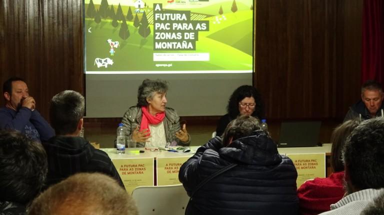 Primeira-mesa-da-xornada-en-Laza-sobre-a-PAC-con-Pepe-Ramon-Lidia-Senra-Ana-Rodriguez-e-Victor-Alvarez-desde-a-esquerda_2720x1528-768x431