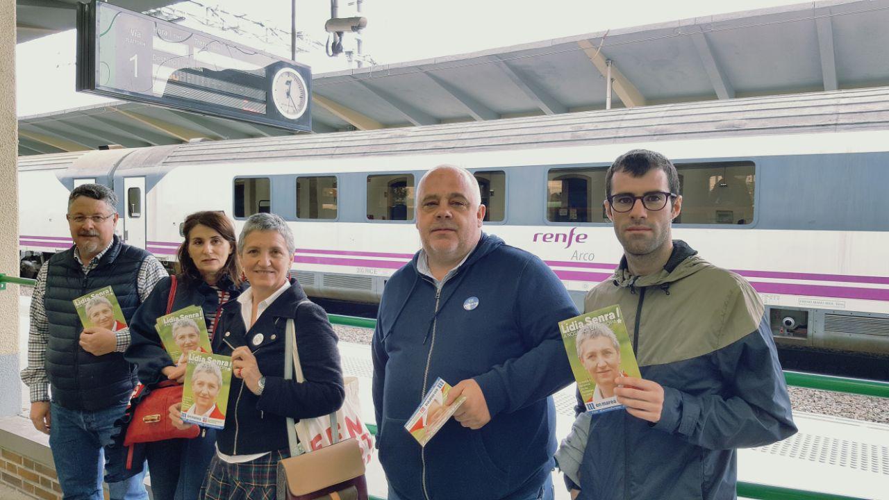 Lidia Senra antes de coller o tren en Monforte